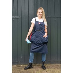 Apron with 2 large towel pockets